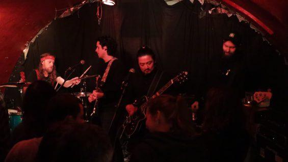 Punk und Chile im Sachsenhausener Keller