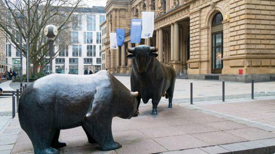 En el mundo de las finanzas: Frankfurt es el centro alemán de negocios y la Deutsche Börse su corazón.